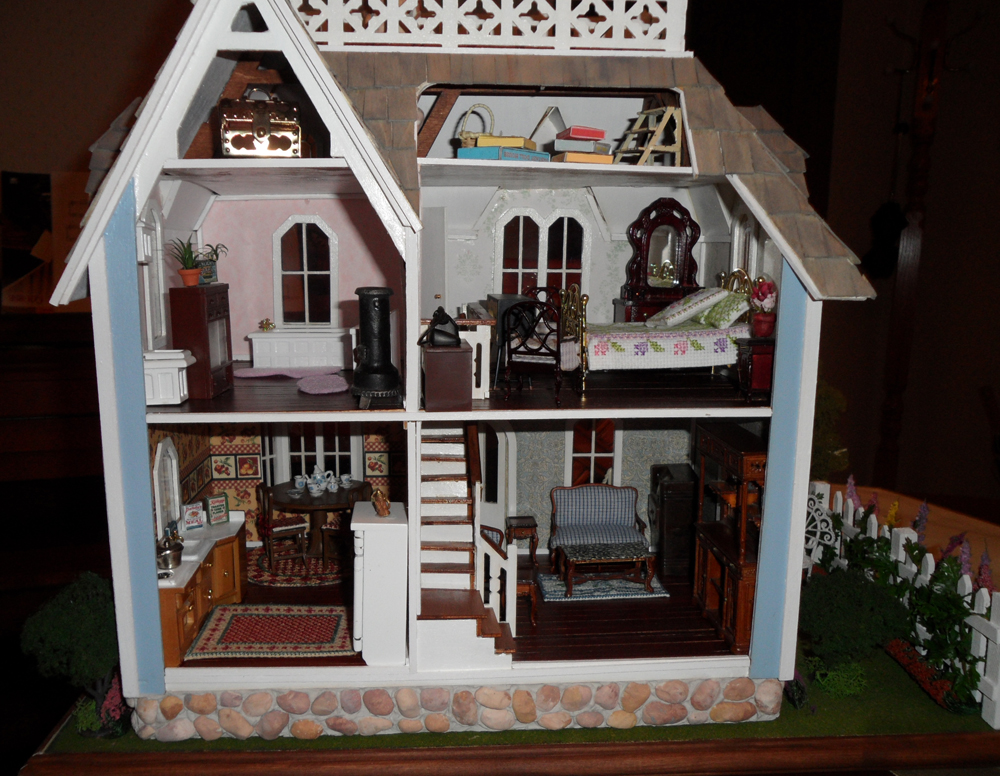 Victorian Dollhouse Interior on Victorian Farmhouse House Plans